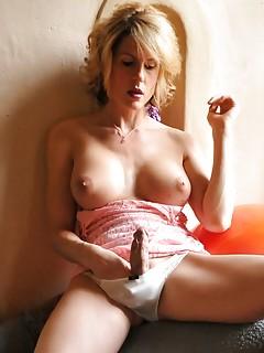 Shemale Masturbation Pics